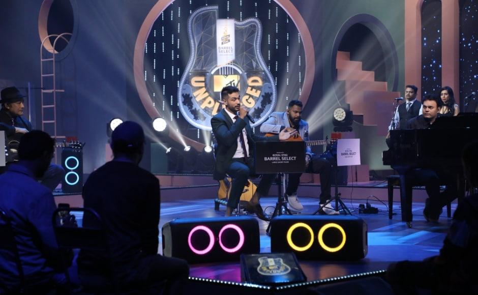 Arjun Kanungo presented his original composition, Aaya Na Tu at Royal Stag Barrel Select MTV Unplugged S8: