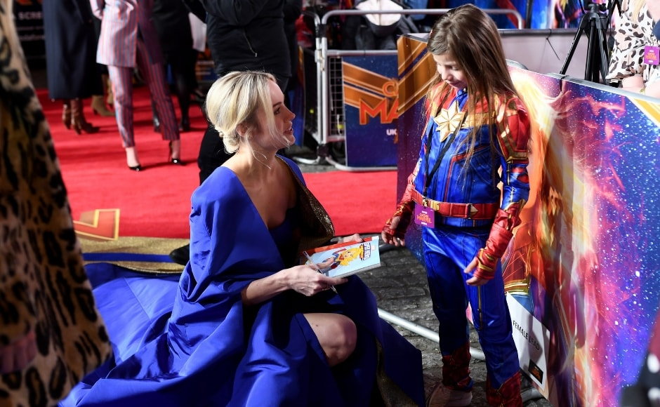 Brie looked resplendent in a blue gown as she interacted with her 8-year-old fan