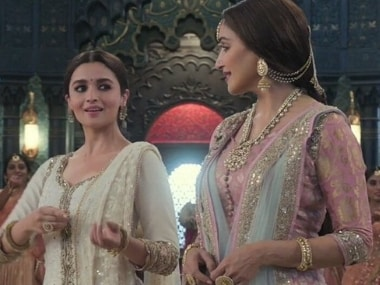 Alia Bhatt on sharing stage with Madhuri Dixit on Kalank's Ghar More Pardesiya: Lucky it wasn't a dance off