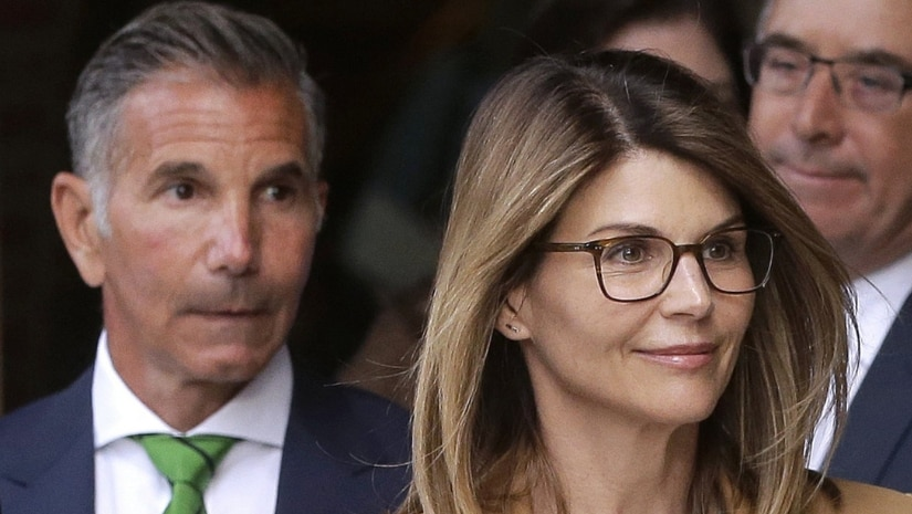 Lori Loughlin, husband Mossimo Giannulli plead not guilty in first response to college admissions scandal
