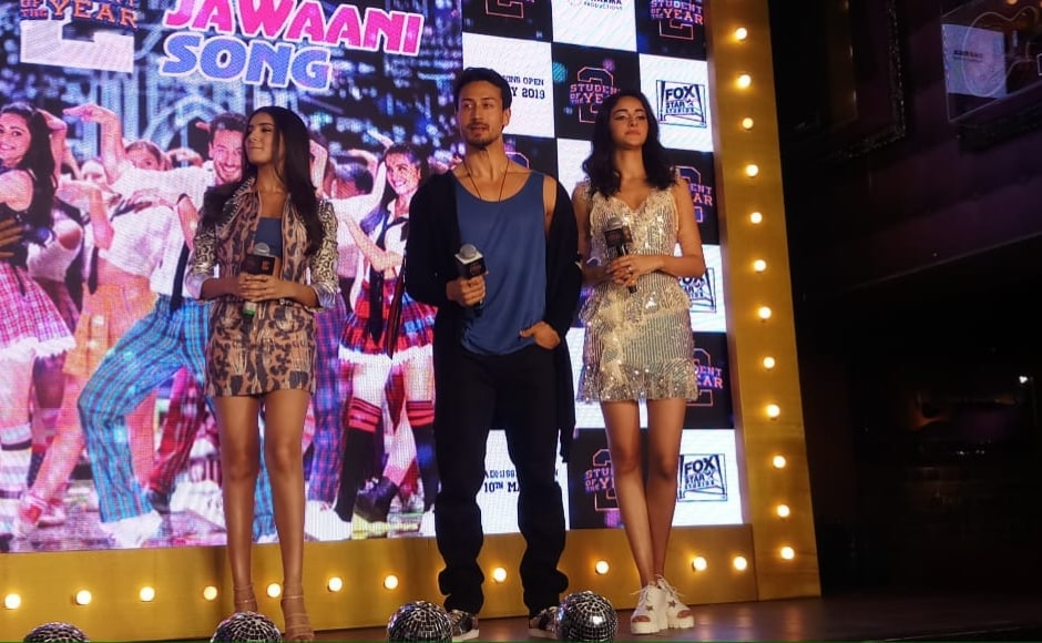 Student of the Year's 'The Jawaani Song' features the cast (from L to R— Tara Sutaria, Tiger Shroff and Ananya Panday) dancing to a recreated version of Kishore Kumar and RD Burman's song 'Yeh Jawani Hai Diwani'. Firstpost/ Simran Singh