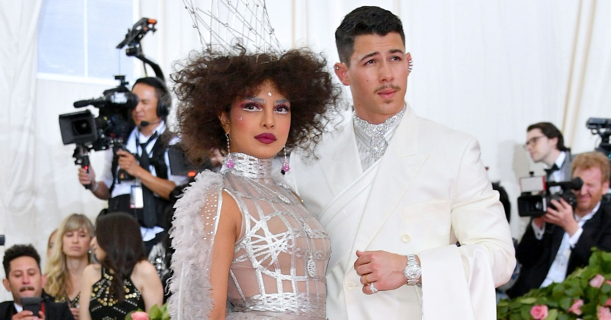 Priyanka Chopra and Nick Jonas together are a sight to behold