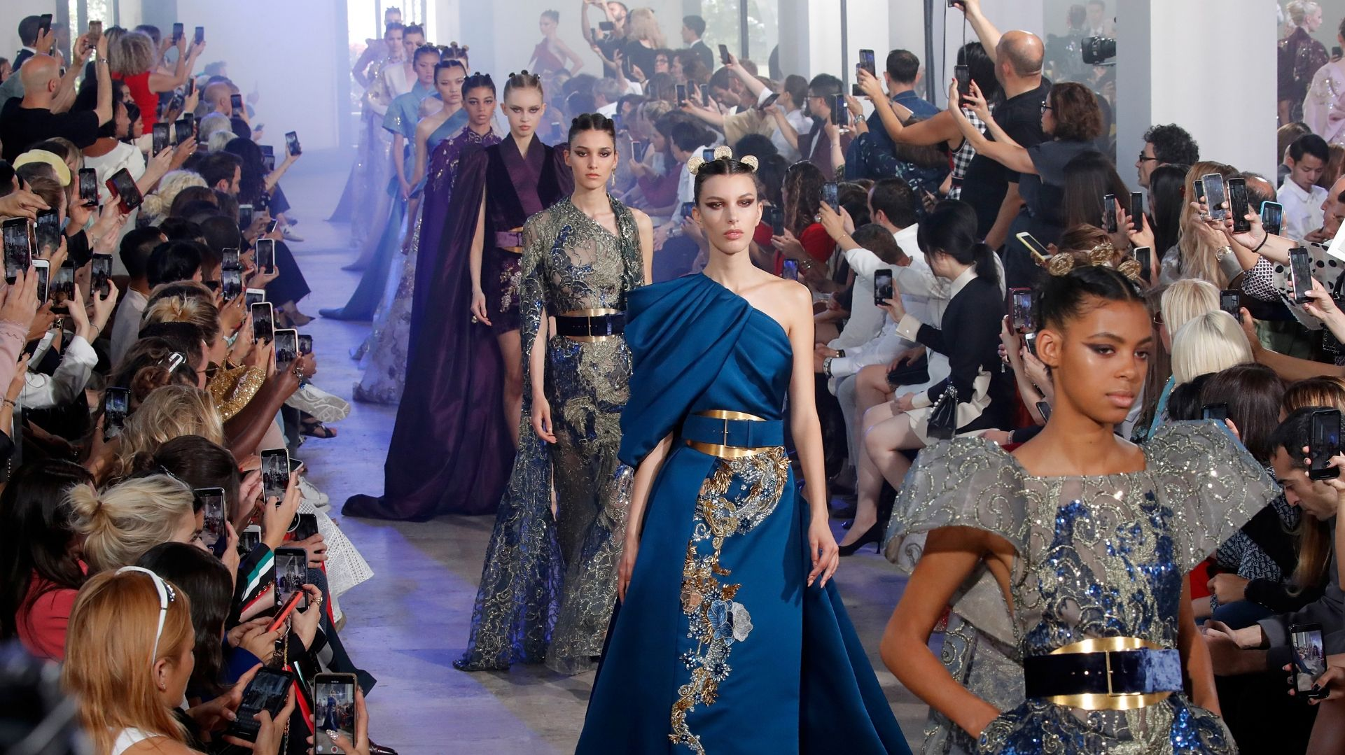 Paris Haute Couture Fashion Week 2019 Stuns With Extraordinary Fashion Craftsmanship Firstpost