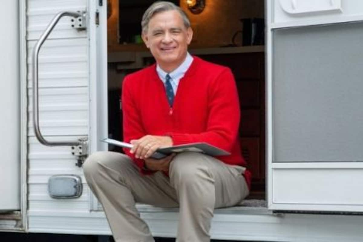 A Beautiful Day In The Neighborhood Trailer Tom Hanks Is Tv Icon Fred Rogers In This Biographical Drama Entertainment News Firstpost