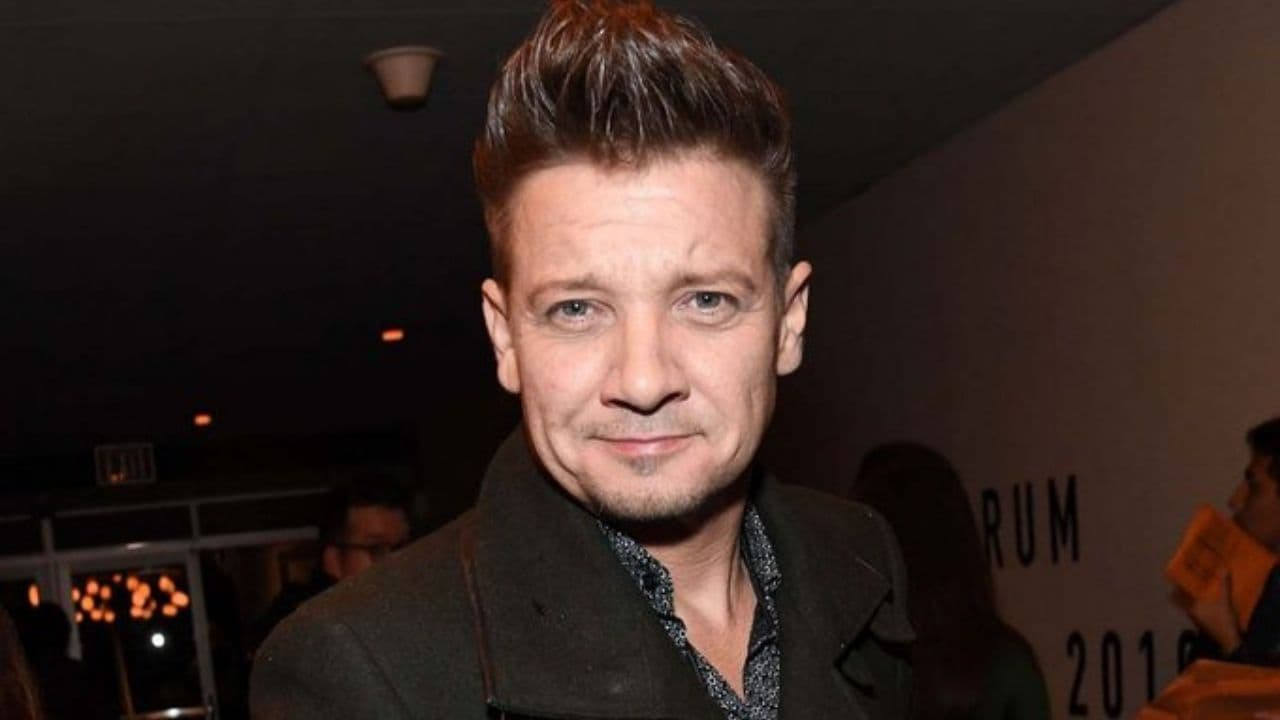 Jeremy Renner shuts down official mobile app, claims it ...