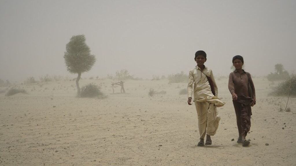 Two children returning from school just a month and a half ago in the district of Umerkot. Photo credit: Manoj Genani.
