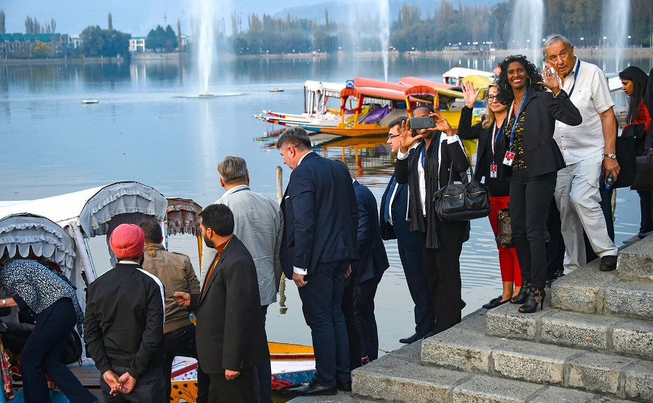 Members of European Parliament visit Kashmir to assess situation in Valley after abrogation of Article 370