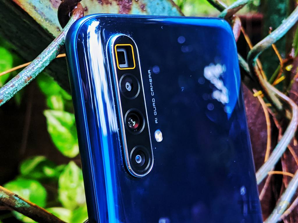 Realme X3 Superzoom Review For Lovers Of Zoom Others Look Elsewhere Tech Reviews Firstpost