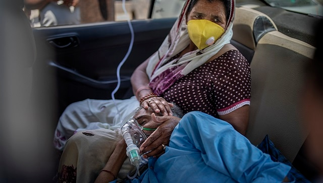 """26 die of oxygen shortage in Delhi and Punjab hospitals, more send SOS; active cases cross 25 lakh-Health News , GadgetClock"""""""