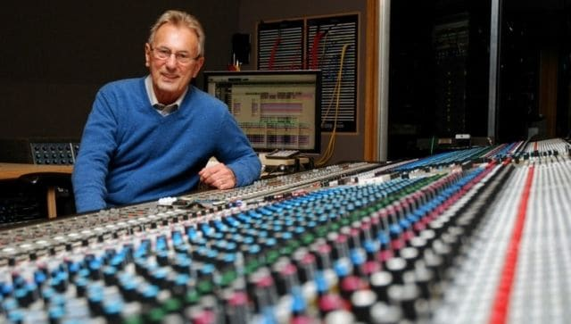Al Schmitt, 20-time Grammy-winning recording engineer and producer of albums by Bob Dylan, Frank Sinatra, dies at 91