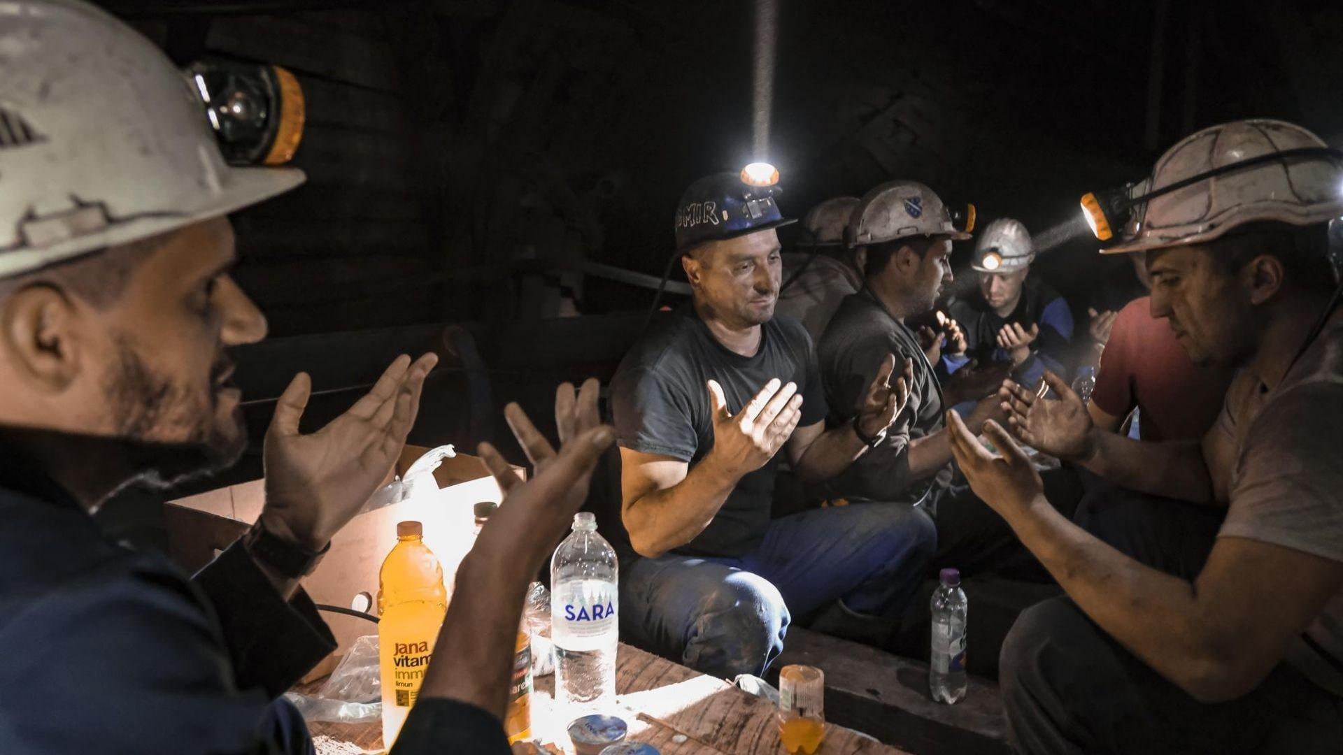 In Bosnia, Muslim miners mark Ramadan underground; pray and break fast underground