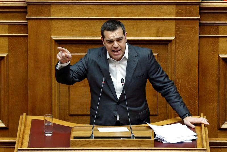 Greek PM Tsipras wins confidence vote, eyes Macedonia accord