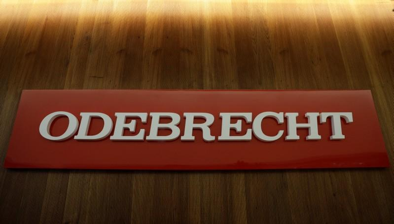 Peru lawmakers probe Odebrecht link to former firm of president
