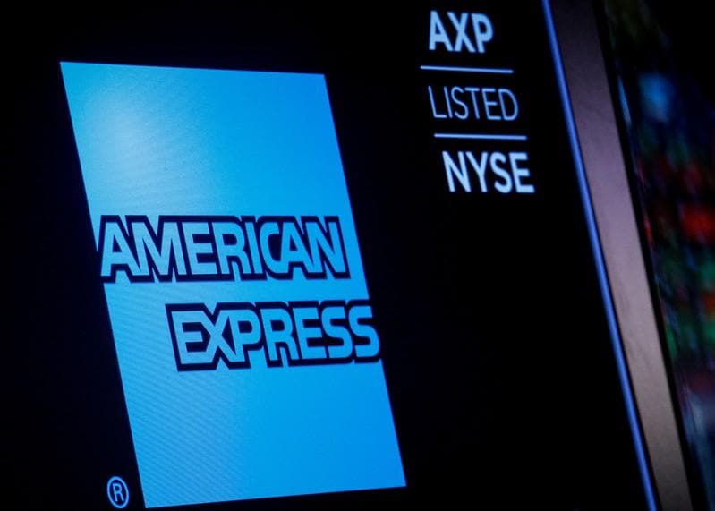 AmEx misses estimates on slowing customer spending shares drop