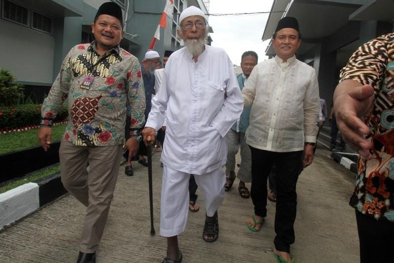 Indonesia backtracks on unconditional release of cleric linked to Bali bombing