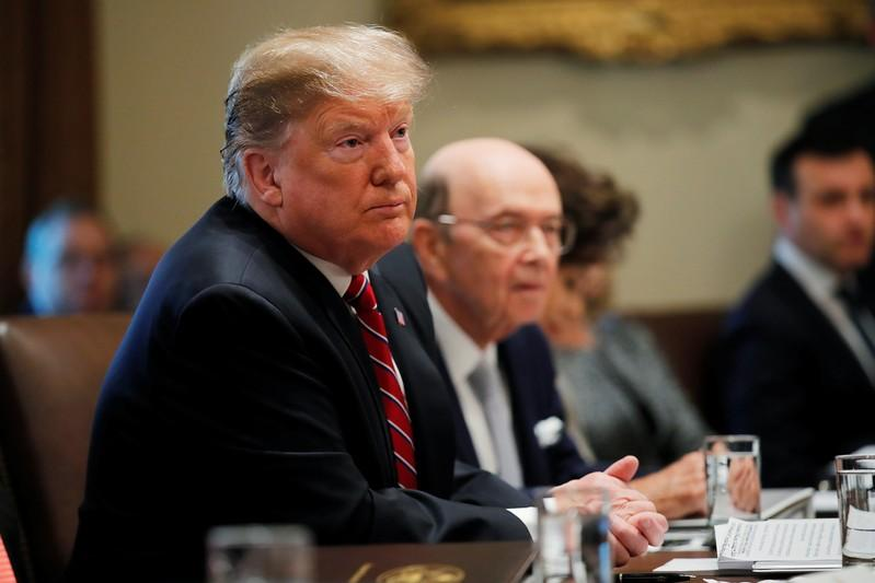 Wary of shutdown, Trump inches toward support for wall deal