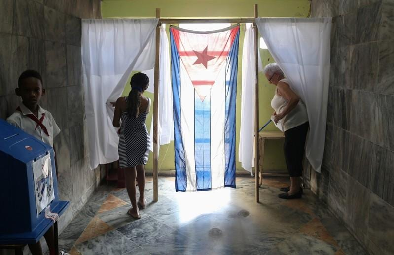 Cubans overwhelmingly ratify new socialist constitution