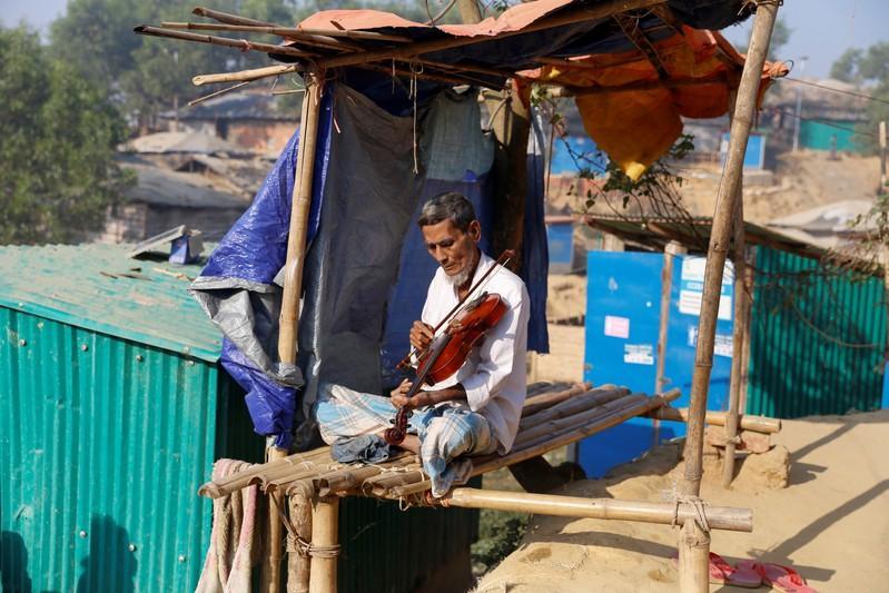 Rohingya lost generation struggle to study in Bangladesh camps