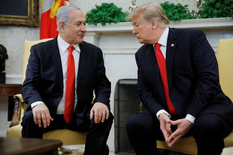 Trump recognises disputed Golan Heights as Israeli territory in boost for Netanyahu