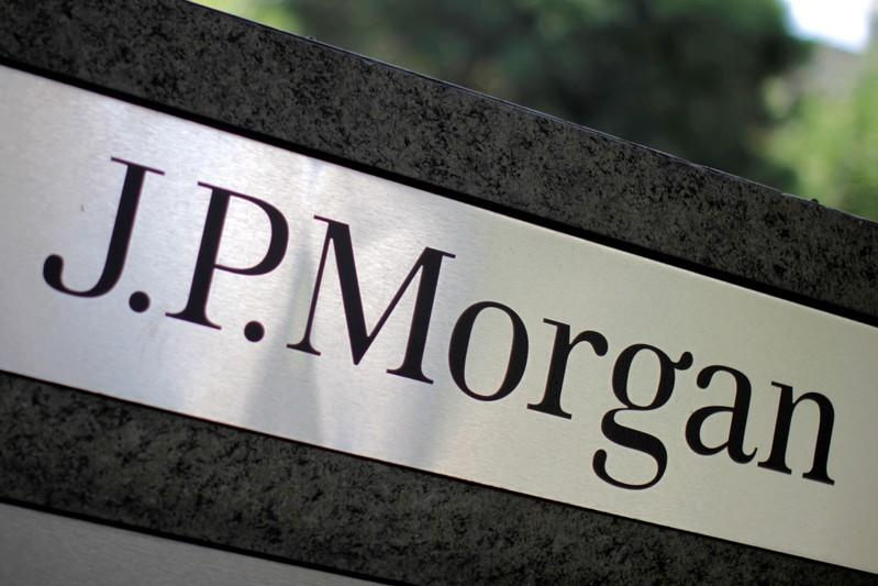 JPMorgan asks 300 staff to move if no Brexit deal: source