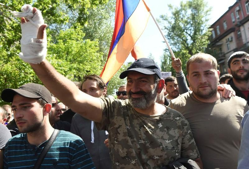 Armenia's ruling party says will refrain from nominating candidate for PM's position