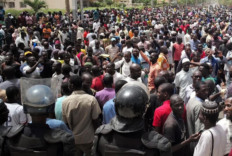 Thousands rally in Mali to protest ethnic violence