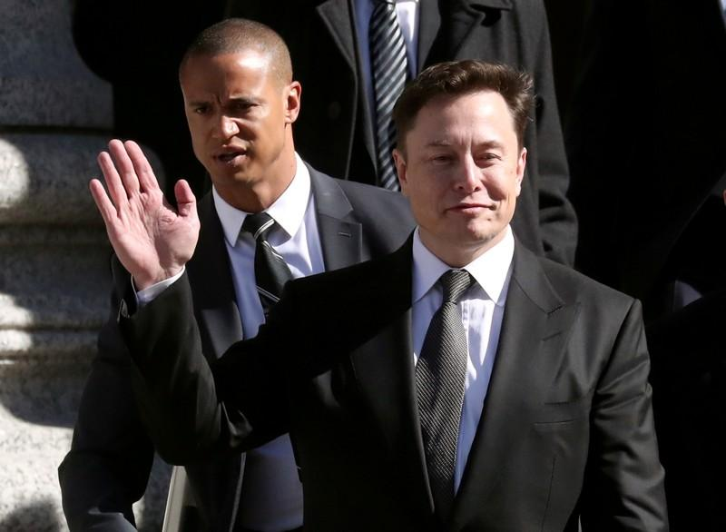 Judge orders SEC, Teslas Musk to meet for at least an hour on new settlement