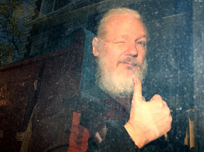 White House aide believes Trump had no advance knowledge of Assange arrest