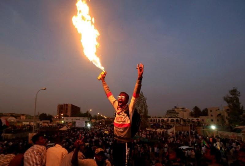 Sudans main protest group calls for civilian transitional council