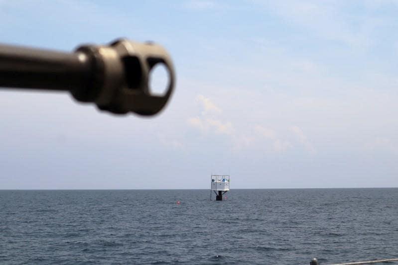 Thai navy boards cabin of fugitive seasteaders facing death penalty