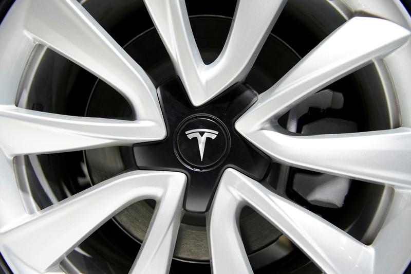 Model S fire video adds to Tesla woes preresults
