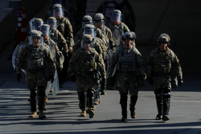 Pentagon to send more troops to Mexico border some in contact with migrants