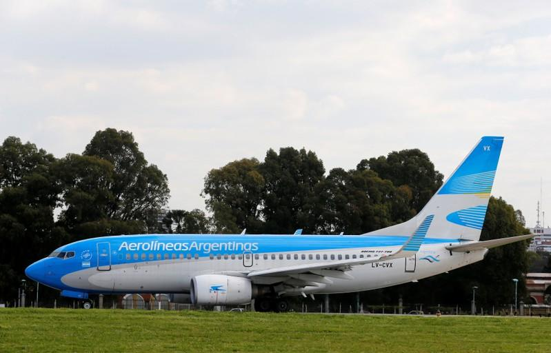 Flagship Argentine airline cancels Tuesday flights due to strike