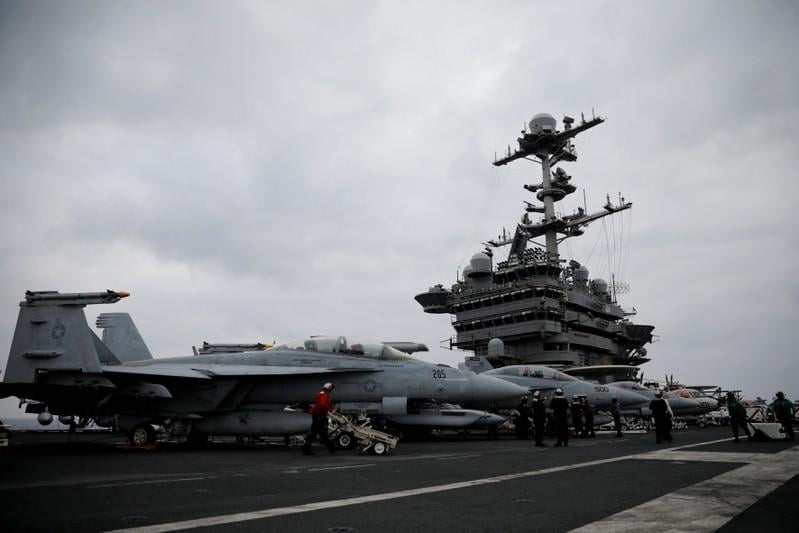 U.S. Navy jets begin sorties against IS in Syria from Mediterranean