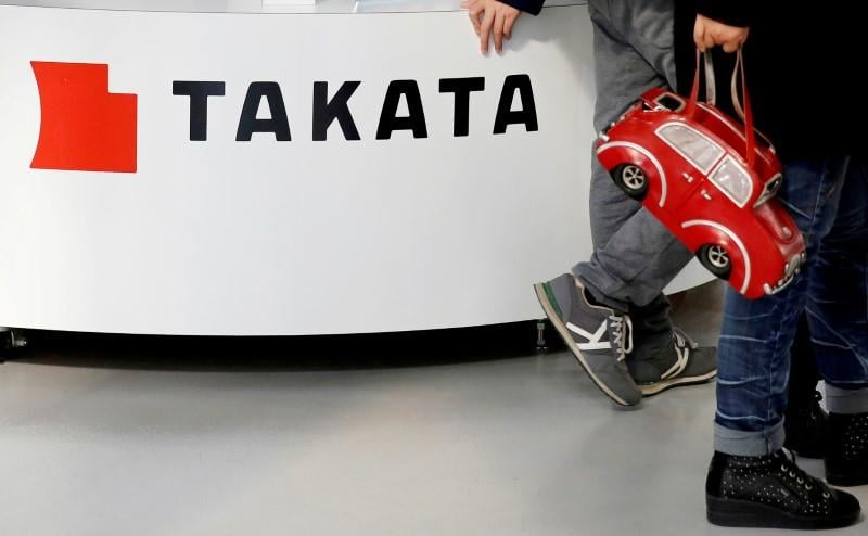 Takata's defective air bags linked to 278 injuries in U.S. - Senator