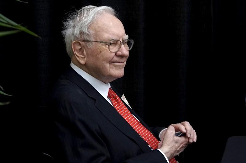 Berkshire Hathaway doubles Teva bet, confirms Apple purchases