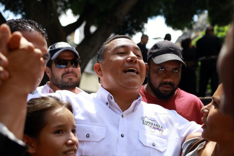 Factbox - Venezuela's presidential election candidates
