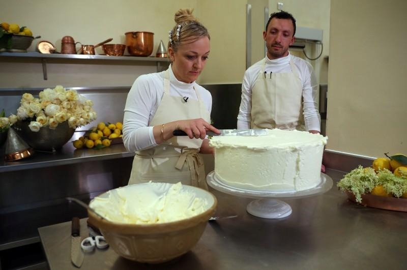 Harry and Meghan's cake will break with tradition, says royal wedding baker