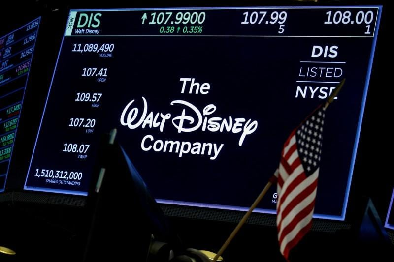 Comcast Announces It's Prepared to Outbid Disney For Key Fox Assets