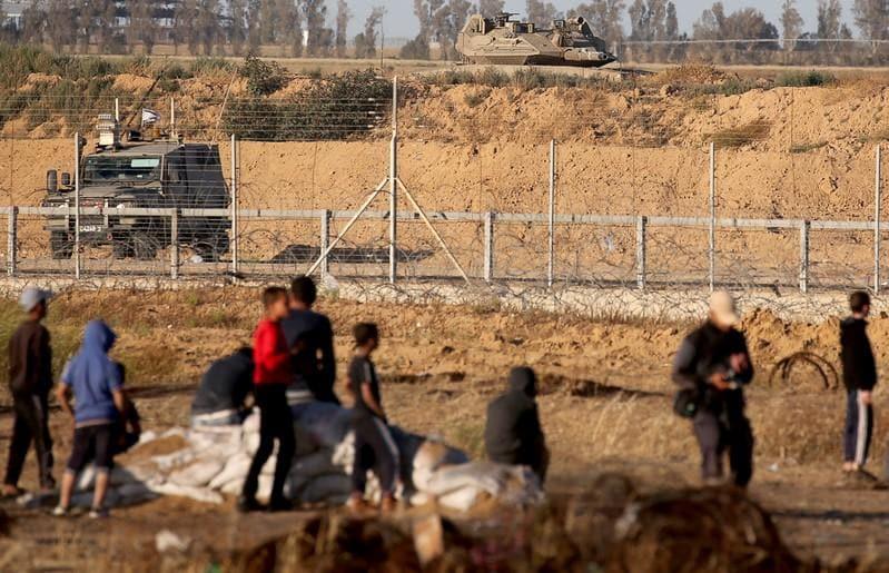 Israel kills two militants in Gaza; one Palestinian killed in border protest