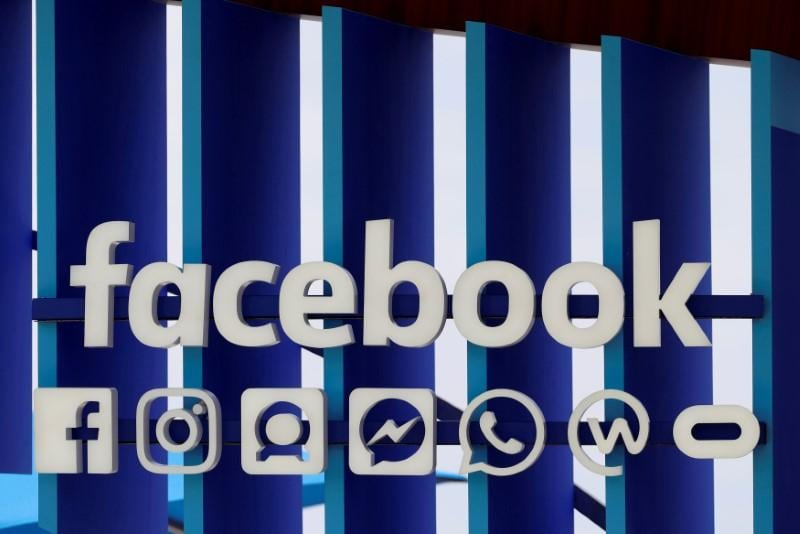 Facebook exec meets with U.S. lawmakers to discuss privacy