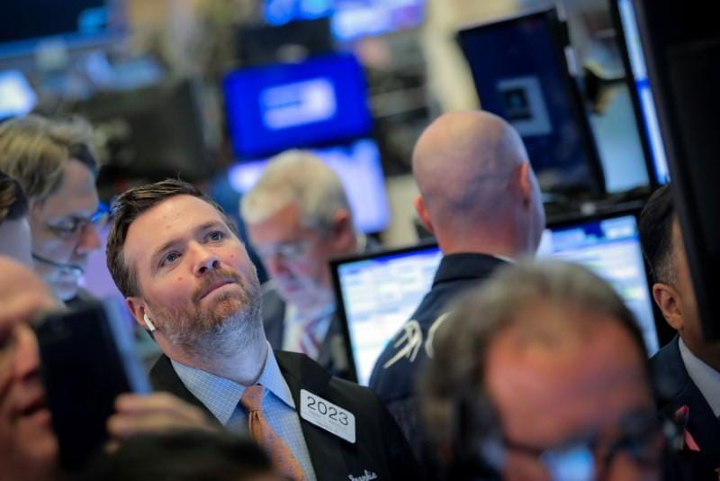 Global equities, yields close lower before U.S.-China trade crunch time