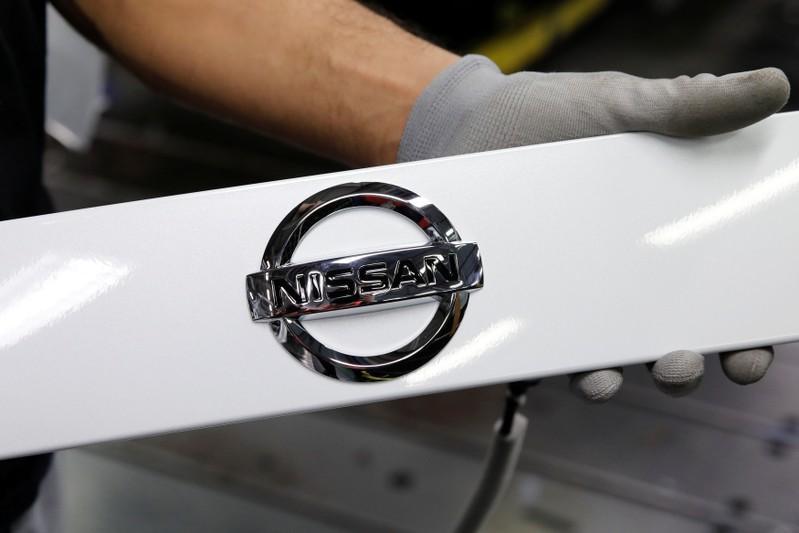 Nissan earnings slide fuels Renault deal pressure
