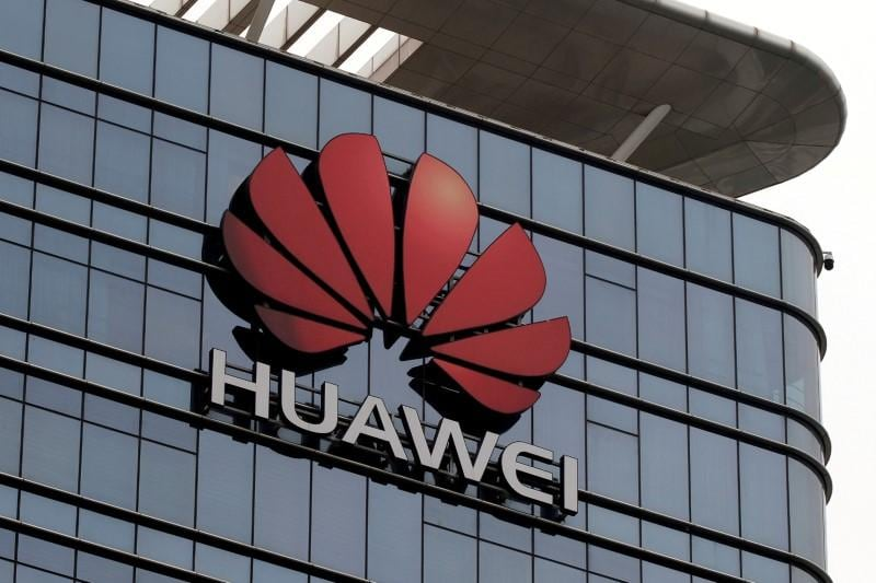 U.S. eases some restrictions on Chinas Huawei to keep networks operating
