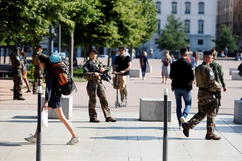 French police search for man who left bomb in Lyon