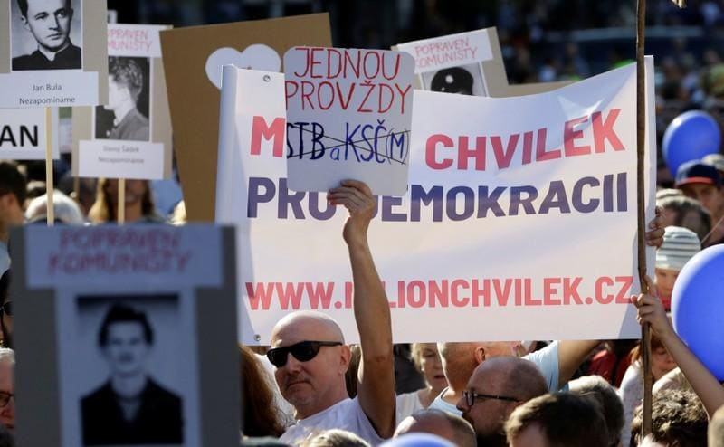 Czechs protest against PM Babis before his second appointment