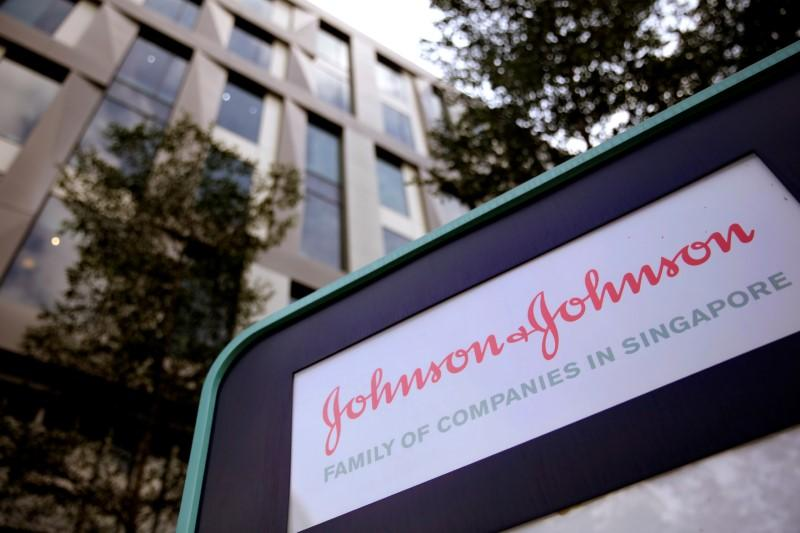 J&J accepts $2.1 billion offer for its LifeScan unit