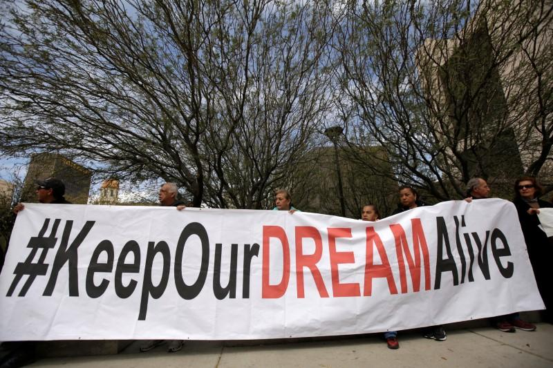 U.S. Congress faces long odds on rescue effort for 'Dreamers'