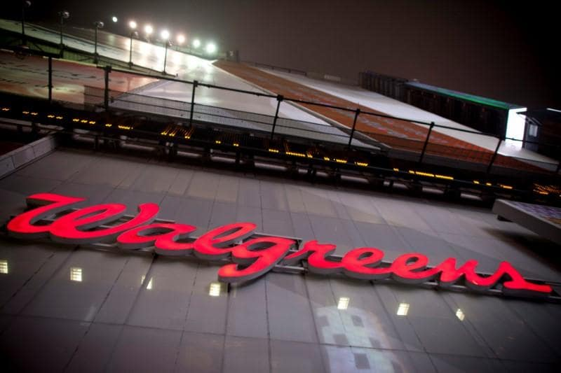 Walgreens plays down Amazon pharmacy entry, but investors spooked