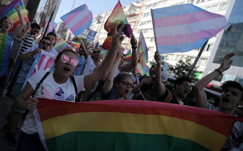 Istanbul LGBT pride march will go ahead despite ban: organizers